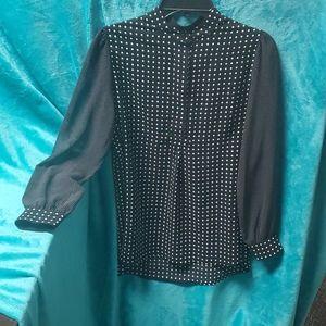 Anne Klein polka dot button up blouse